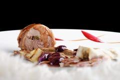 O jantar fino, curso principal gourmet da entrada grelhou o bife do cordeiro foto de stock