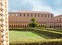 O jardim do monastério de Monreale Foto de Stock Royalty Free