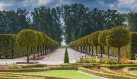 O jardim do museu governamental público - palácio de Rundale, Letónia Imagens de Stock