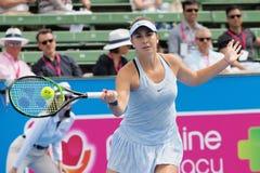 O jogador de tênis Belinda Bencic que prepara-se para o australiano abre no competiam clássico da exposição de Kooyong Fotografia de Stock Royalty Free