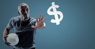 O jogador do rugby com distribui para o sinal de dólar contra o fundo azul Imagens de Stock Royalty Free