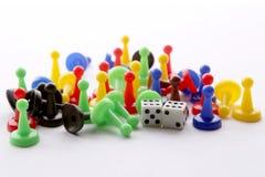O jogo colorido figura e corta com dobro seis Imagem de Stock