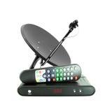 O jogo de recebe o telecontrole da caixa e a antena de prato Imagem de Stock Royalty Free