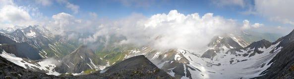 Panorama suíço dos cumes Imagens de Stock