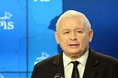 O líder da lei de ordenação do partido do Polônia e justiça, Jaroslaw Kaczynski, assistem a uma conferência da imprensa imagem de stock