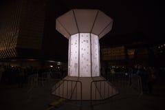 O laço claro de Smycka da instalação por Michal Pustejovsky indicou no festival 2016 da luz de sinal de Praga Fotos de Stock