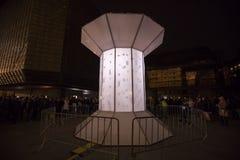 O laço claro de Smycka da instalação por Michal Pustejovsky indicou no festival 2016 da luz de sinal de Praga Imagem de Stock