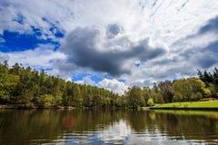 O lago imagens de stock royalty free