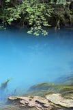 O lago azul Imagem de Stock Royalty Free