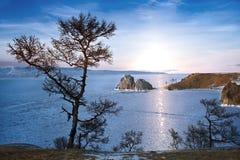 O Lago Baikal no inverno fotos de stock