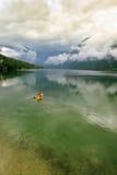 O lago Bohinj fotos de stock