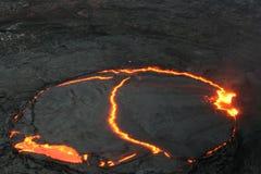 O lago da lava da cerveja inglesa de Erta no alvorecer Fotos de Stock