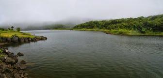 O lago de água doce Imagem de Stock Royalty Free