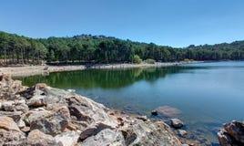 O lago de Ospedale perto do Porto-Vecchio - Córsega França foto de stock royalty free