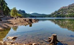 O lago de Ospedale perto do Porto-Vecchio - Córsega França imagens de stock royalty free