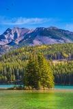 O lago dois Jack com água esmeralda fotos de stock royalty free