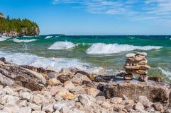 O Lago Huron em Bruce Peninsula National Park, Ontário, Canadá fotografia de stock