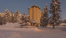 O lago Louise Hotel chateau de Fairmont foto de stock