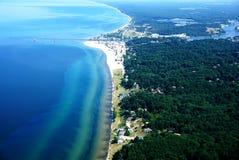 O Lago Michigan e a cidade do abrigo grande fotos de stock