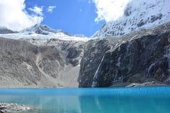 O lago 69, no parque nacional do ¡ n de HuascarÃ, Peru Fotografia de Stock Royalty Free