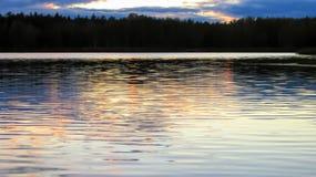 O lago no por do sol fotografia de stock royalty free