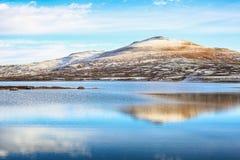 O lago Orkel, distrito de Oppdal, Noruega fotos de stock