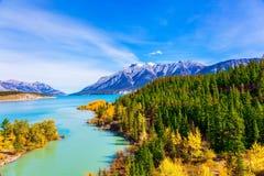 O lago pitoresco Abraham imagem de stock royalty free