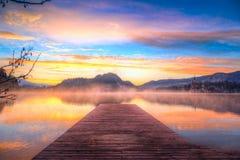 O lago sangrou no inverno, Eslovênia, Europa Foto de Stock Royalty Free