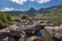 O lago Trefoil, os sete lagos Rila, montanha de Rila Fotografia de Stock