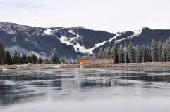 O lago water Reservoir, Schmittenhöhe, Zell Am vê, Áustria Fotografia de Stock Royalty Free