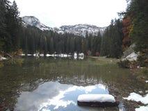 O lago Zminje fotos de stock royalty free