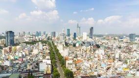 O lapso de tempo da skyline de HO CHI MINH CITY, cidade de Ho Chi Minh é a cidade a mais grande em Vietname video estoque