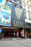 O Lido em Paris foto de stock
