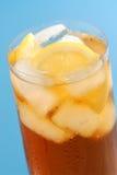 O limão congelou o chá fotografia de stock royalty free