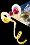 O limão e a airela espirram o cocktail Foto de Stock