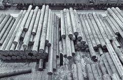 O lingote de aço no armazém da fábrica Imagem de Stock Royalty Free
