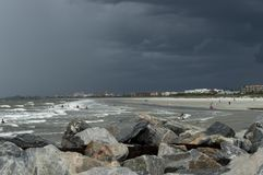 O litoral tormentoso em Florida imagens de stock royalty free