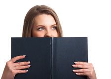 O livro da terra arrendada da mulher isolou-se Foto de Stock