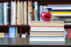O livro de conhecimento Fotografia de Stock Royalty Free