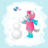 O lobo esculpe um boneco de neve em uma ilustração das crianças da floresta Aperfeiçoe para cartões do projeto Fotos de Stock