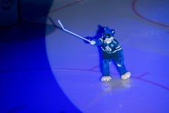 O lobo - um símbolo do clube Dinamo do hóquei Fotografia de Stock Royalty Free