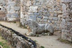 O local arqueológico de Miletus uma cidade do grego clássico na costa ocidental de Anatolia imagem de stock