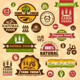 O logotipo da exploração agrícola etiqueta e projeta ilustração stock