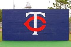 O logotipo dos Minnesota Twins Imagens de Stock Royalty Free