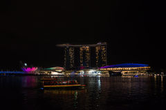 O louro do porto lixa o hotel Singapore Imagem de Stock