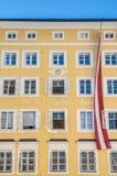 O lugar de nascimento de Mozart (Mozarts Geburtshaus) em Salzburg, Áustria Fotografia de Stock Royalty Free
