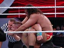 O lutador Rusev de WWE põe John Cena nos elogios com chec da referência Fotografia de Stock Royalty Free