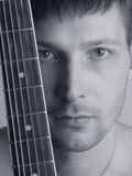 O músico o guitarrista Fotografia de Stock Royalty Free