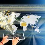 O mais elevado o Internet da tecnologia Fotografia de Stock Royalty Free
