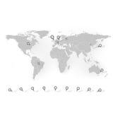 O mapa do mundo com artigos de papelaria prega o vetor do fundo Imagens de Stock Royalty Free